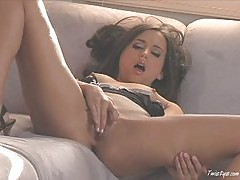 Babe Georgia Jones has an orgasm