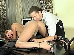 Alice&Mike perverted pantyhose scene