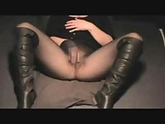 Plump Amateur Jody Lifts Her Skirt And Plays With Her Snatch In Pantyhose
