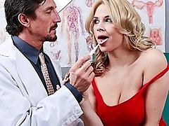 Hot big-tit blonde slut MILF patient fucks doctors dick in clini