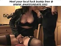 amateur brunette slut masturbation and bl ...