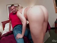 Cock Choking Slut Alexis Texas Feeds Her ...