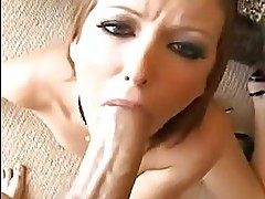 Hailey Young is loving her mans junk in her mouth like her f...