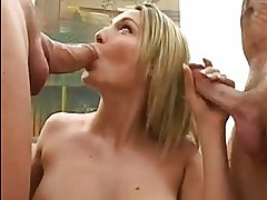 Raunchy whore Harmony Rose sucks on a hard dick whilst getti...