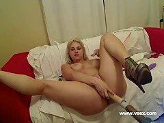 Pornstar Sarah Vandella live sex machine webcam