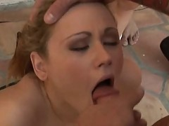 Sindee jennings swallows the semen of ten guys in bukkake