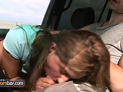 Amateur couple fucking in car 1