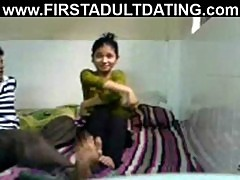 Bangladeshi amateur couple making sexvideo homemade