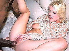 Blonde Missy Monroe Gets a Monster Cock in her Pussy on an Amateur Sex Tape