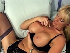 Hot MILF a sure thing to satisfy your cock