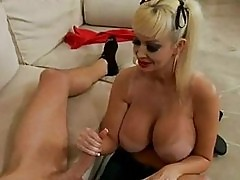 Bitchy momma Brittany Oneil takes a juicy dick in her mouth ...