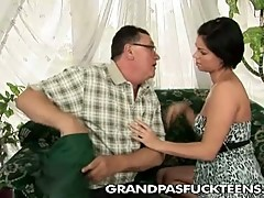 Grand old mailman grabs a fresh cunt