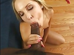 Sizzling Chelsie Rae gags on a thick boner before getting he...
