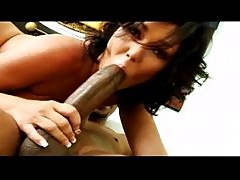Cuckolding Claire Dames rides a black dick