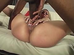 Delilah Strong- bubble butts drives brothas nuts #4