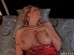 Julia Ann Gets Double Penetrated