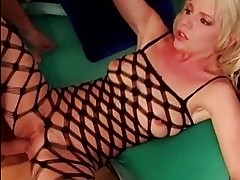The queen of squirt porn beautiful Missy Monroe