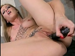Sophie Moone use Metal vibrator for her lewd cunt