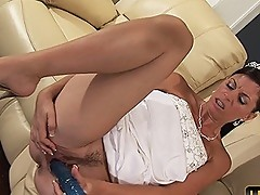 Tiffany bride masturbate