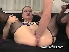 Brutally fist fucked amateur housewife ha ...